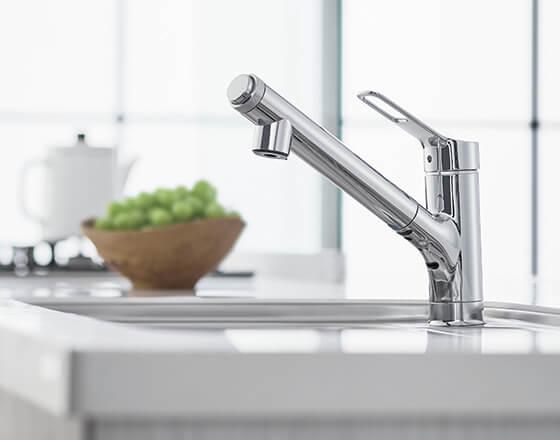 デザインはシンプル、LIXILの浄水器
