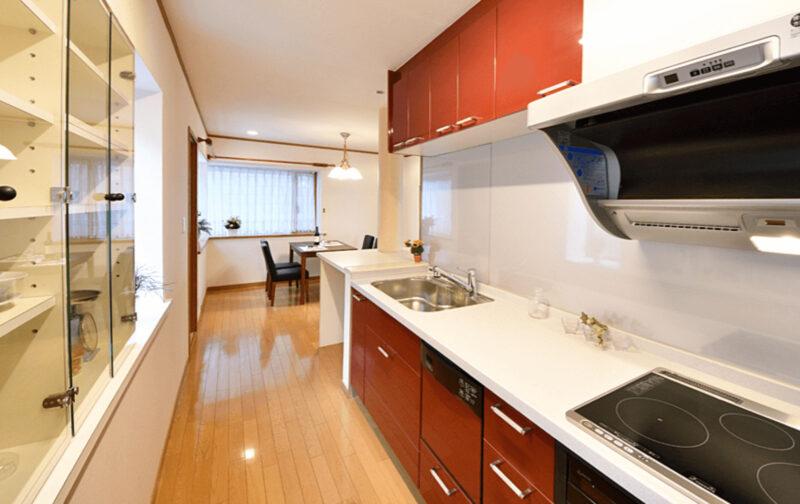 二世帯キッチン、光栄住宅に新潟の家づくりを依頼する