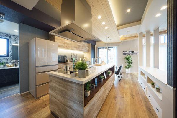 モデルハウスキッチン、新潟の家づくりで吉川建築(yoshikawa architecture)はお勧めできるか