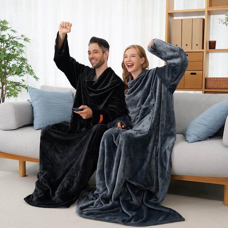 着る毛布、パーソナルなサイズの暖房・足温器